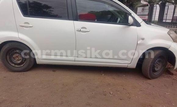 Buy Toyota Paseo White Car in Alexandra Park in Harare