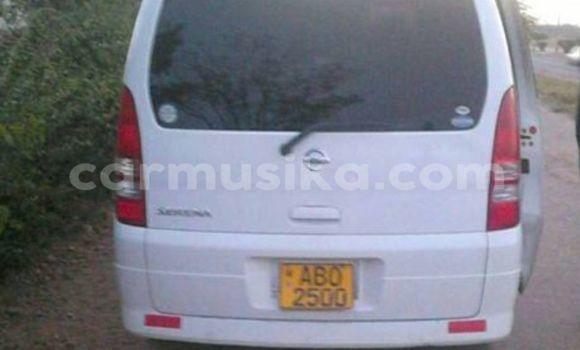 Buy Nissan Serena White Car in Alexandra Park in Harare