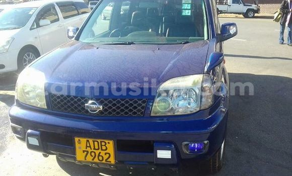 Buy Nissan X-Trail Blue Car in Alexandra Park in Harare