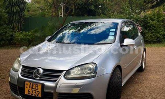 Buy Volkswagen Golf Silver Car in Alexandra Park in Harare